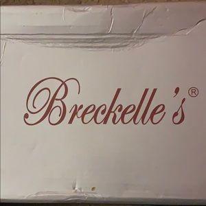 Breckelle's Black High Sandals